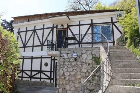 Сдается коттедж посуточно в Ливадии, Крым,2 Севастопольский переулок.
