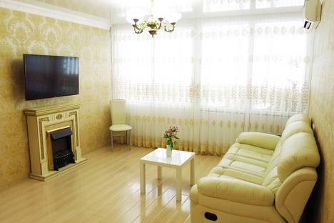 Сдается 2-комнатная квартира посуточнов Сочи, ул.Островского, 1.