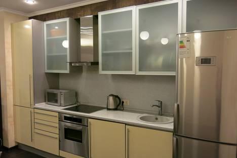 Сдается 3-комнатная квартира посуточнов Сочи, ул. Чайковского, 2-Б.