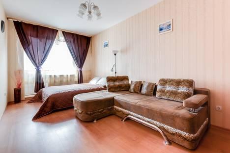 Сдается 1-комнатная квартира посуточнов Санкт-Петербурге, ул. Будапештская, 7.