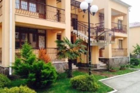 Сдается 3-комнатная квартира посуточнов Сочи, ул. Ленина 217а..