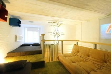 Сдается 1-комнатная квартира посуточнов Санкт-Петербурге, ул.Миллионная 23.
