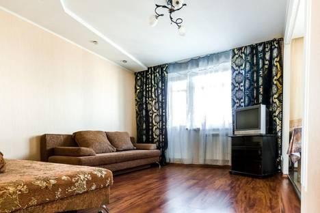 Сдается 2-комнатная квартира посуточно в Каменск-Уральском, ул. Строителей, 44.
