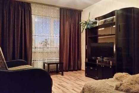 Сдается 1-комнатная квартира посуточно в Берёзовском, Красных Героев 13.