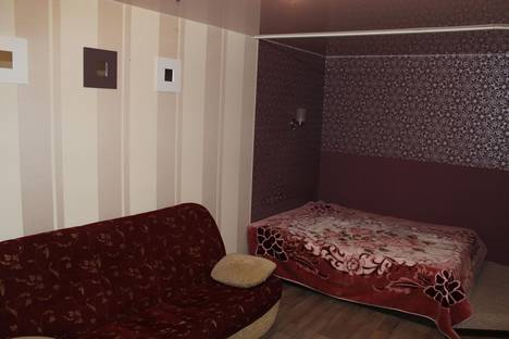 Сдается 1-комнатная квартира посуточнов Кургане, Криволапова 24.