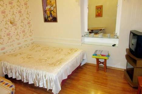 Сдается 1-комнатная квартира посуточно в Ялте, ул. Войкова, 2.