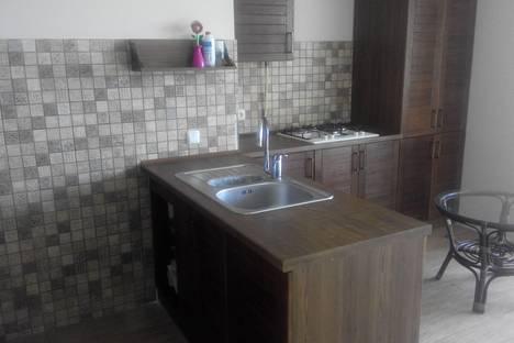 Сдается 2-комнатная квартира посуточно в Севастополе, Парковая, 14.