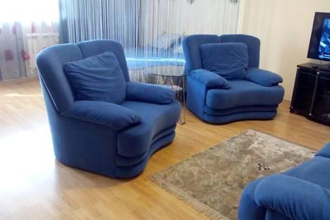 Сдается 2-комнатная квартира посуточно в Хабаровске, ул. Гамарника, 19.