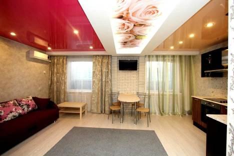 Сдается 1-комнатная квартира посуточнов Берёзовском, Самоцветный бульвар, 5.