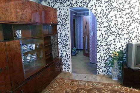 Сдается 2-комнатная квартира посуточно в Армавире, ул. 2-я Урицкого, 57.