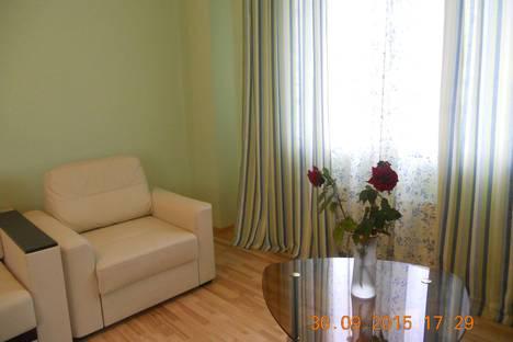Сдается 3-комнатная квартира посуточнов Воронеже, ул. Средне-Московская, 62а.