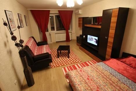 Сдается 1-комнатная квартира посуточно в Уфе, ул. Цюрупы, 27.