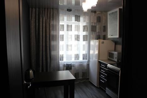 Сдается 1-комнатная квартира посуточнов Комсомольске-на-Амуре, ул. Аллея Труда, 25/3.