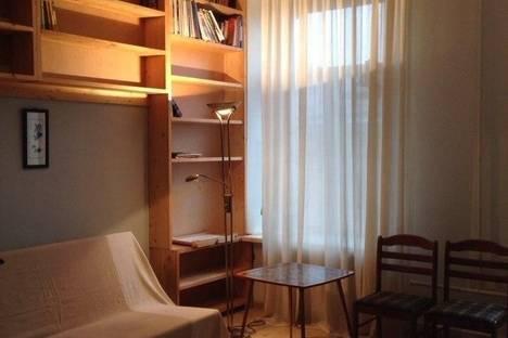 Сдается 1-комнатная квартира посуточнов Санкт-Петербурге, ул. Некрасова, 40.