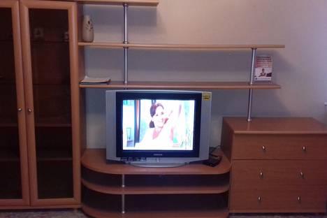 Сдается 1-комнатная квартира посуточнов Ухте, проспект Космонавтов, 7а.