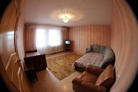 Сдается 2-комнатная квартира посуточно в Чите, ул. Островского, 52.