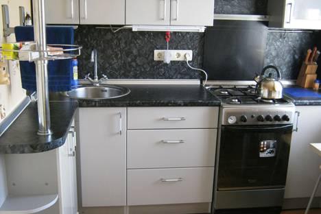 Сдается 3-комнатная квартира посуточно в Ижевске, Красноармейская, 138.