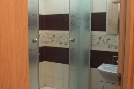 Сдается 1-комнатная квартира посуточно в Феодосии, чкалова 94.