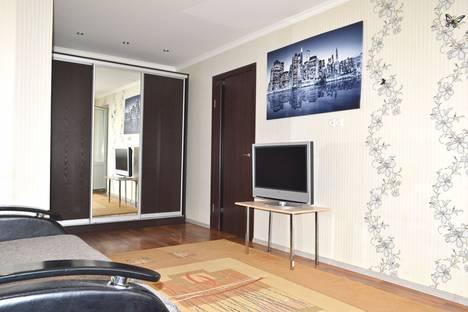 Сдается 2-комнатная квартира посуточнов Волжском Утёсе, Мира 92.