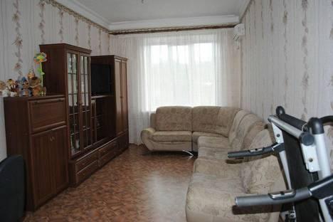 Сдается 2-комнатная квартира посуточно в Керчи, Пирогова 27.