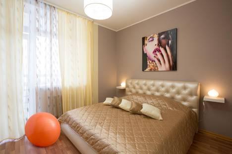 Сдается 1-комнатная квартира посуточно в Екатеринбурге, ул. 8 Марта, 190.