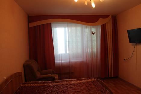 Сдается 1-комнатная квартира посуточно в Старом Осколе, Северный 32.