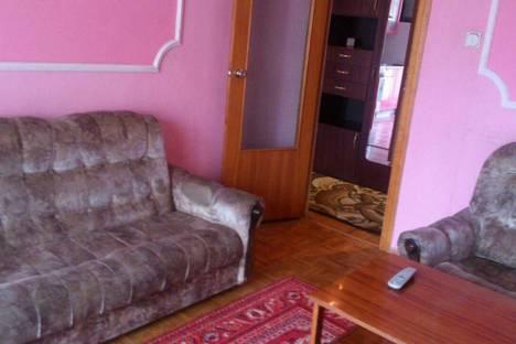 Сдается 2-комнатная квартира посуточно в Белокурихе, ул. Академика Мясникова, 14.