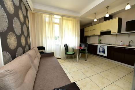 Сдается 2-комнатная квартира посуточнов Ялте, Садовая 27.