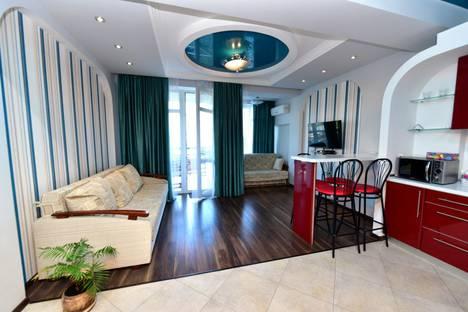 Сдается 1-комнатная квартира посуточнов Ялте, Садовая 31.