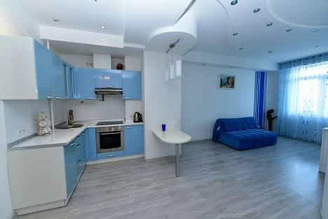 Сдается 2-комнатная квартира посуточнов Ялте, Руданского 8.