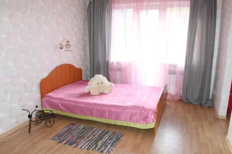 Сдается 2-комнатная квартира посуточно в Иванове, дунаева 40.