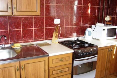Сдается 2-комнатная квартира посуточнов Омске, Масленникова 5.