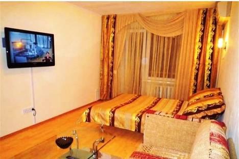 Сдается 2-комнатная квартира посуточнов Омске, ул.Масленникова дом 2/7.