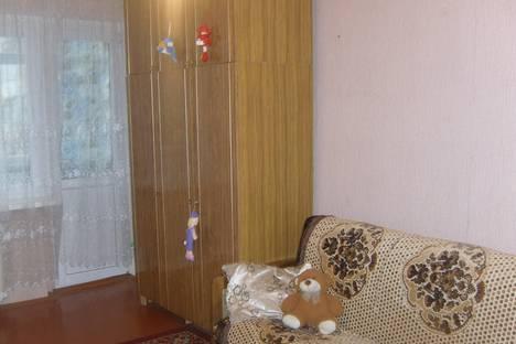 Сдается 1-комнатная квартира посуточно в Ейске, Ясенская 2б.