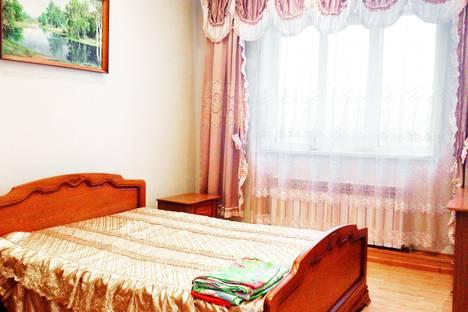 Сдается 2-комнатная квартира посуточно, ул. 50 лет Октября, дом 91.