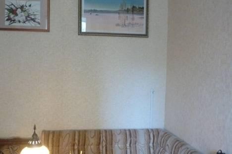 Сдается 3-комнатная квартира посуточнов Санкт-Петербурге, ул. Большая Посадская, 10.
