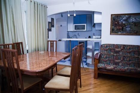 Сдается 2-комнатная квартира посуточно в Ростове-на-Дону, Крепостной 77.