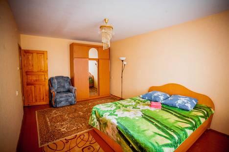 Сдается 3-комнатная квартира посуточно в Нефтекамске, Ленина, 37.