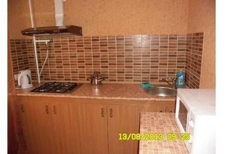 Сдается 1-комнатная квартира посуточно в Кременчуге, Первомайская 32.