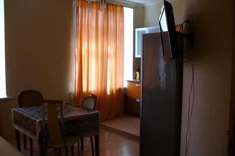 Сдается 2-комнатная квартира посуточнов Санкт-Петербурге, ул. Кузнецовская, 44.