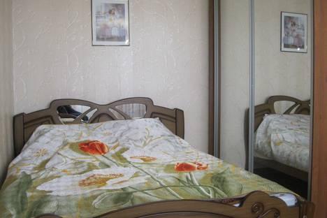 Сдается 1-комнатная квартира посуточнов Ильичёвске, Парковая, 20.