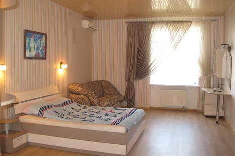 Сдается 1-комнатная квартира посуточнов Ильичёвске, Парковая, 44.