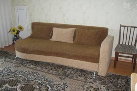 Сдается 1-комнатная квартира посуточно в Ильичёвске, Парковая, 14.