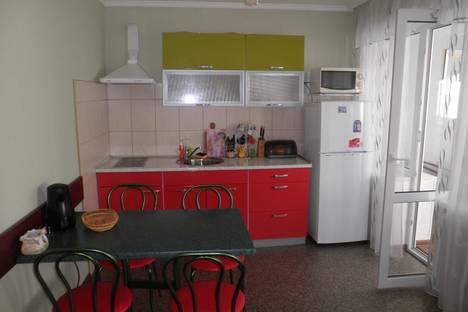 Сдается 2-комнатная квартира посуточно в Алуште, пер. спортивный 3.