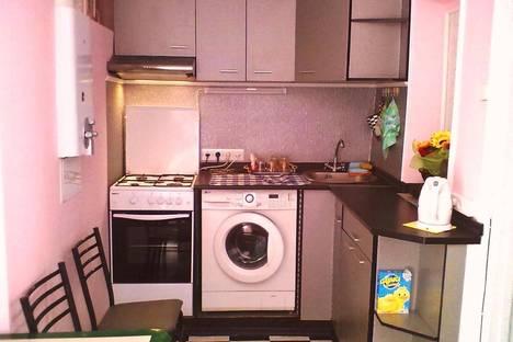 Сдается 1-комнатная квартира посуточно в Алуште, пер.Кругляка 1.