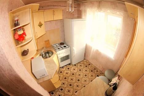 Сдается 2-комнатная квартира посуточно в Чите, ул. Петровско-Заводская 31.