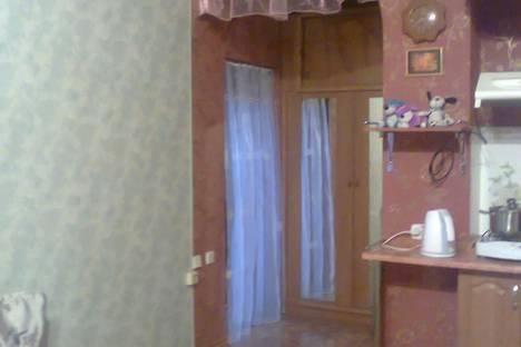 Сдается 2-комнатная квартира посуточно в Форосе, Космонавтов, 2.