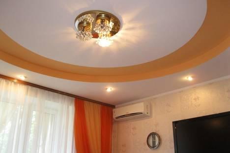 Сдается 3-комнатная квартира посуточно в Ильичёвске, Парковая, 20.