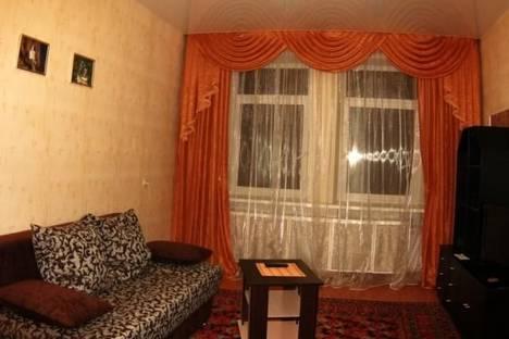 Сдается 2-комнатная квартира посуточно в Железногорске, ул. Чапаева, д. 8.