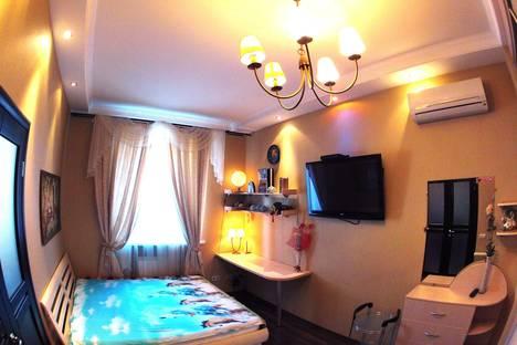 Сдается 2-комнатная квартира посуточно, Комсомольский проспект, 76.